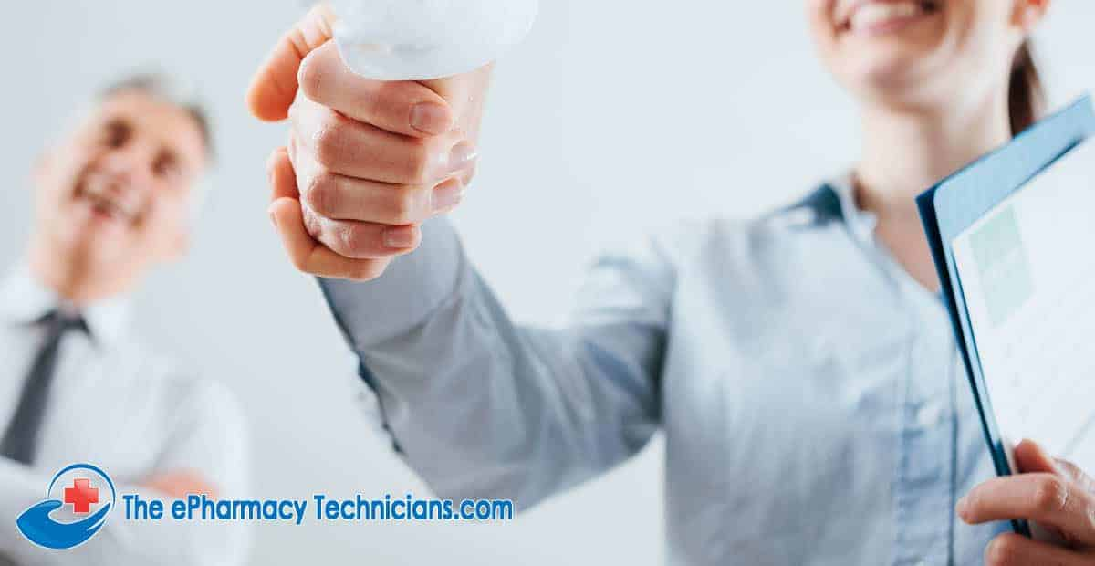 How to get hired as a pharmacy technician